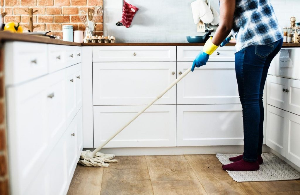 Deep-Cleaning-Services